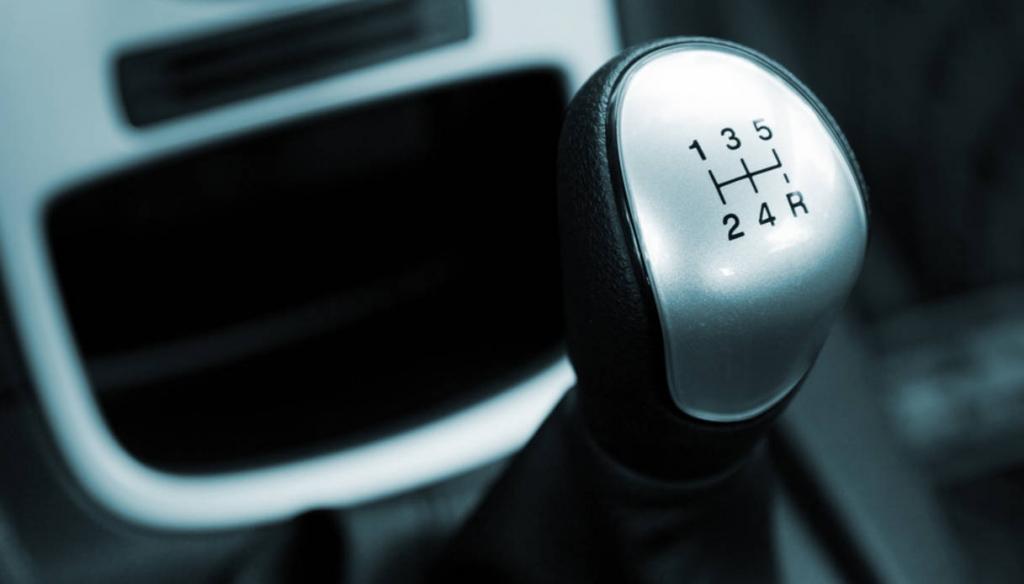 Omicidio stradale: responsabile il conducente del mezzo che non effettua la retromarcia in condizioni di sicurezza ed investe un pedone (Cass. Pen. Sez. IV – 41357/18 )